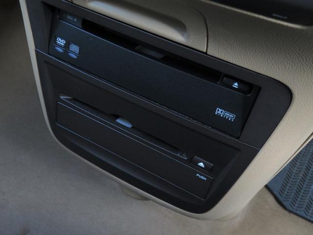 VXエアロパッケージ 4WD 後席モニター・Wパワスラ・ナビ・バックカメラ・エアロ・革シート・アルミホイール・ミニバン・8名乗り・エアコン・オーディオ付・DVD・クルーズコントロール・AT(19枚目)