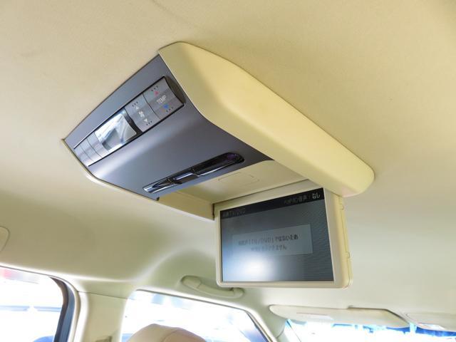 VXエアロパッケージ 4WD 後席モニター・Wパワスラ・ナビ・バックカメラ・エアロ・革シート・アルミホイール・ミニバン・8名乗り・エアコン・オーディオ付・DVD・クルーズコントロール・AT(24枚目)