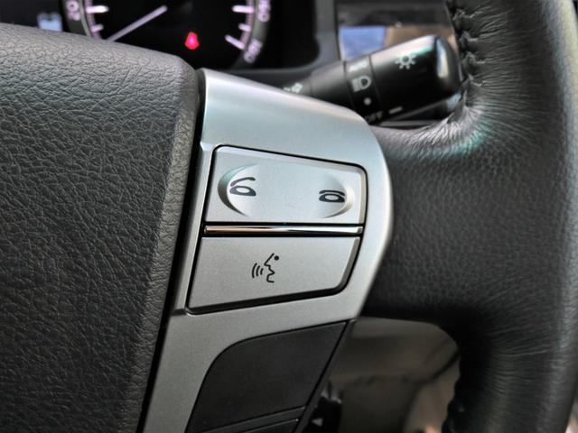 V 4WD 純正HDDナビ・地デジ・アラウンドビューモニター・DVD/CD/Bluetooth・Wパワスラ・パワーゲート・HIDライト・ビルトETC・クルコン・7人乗り・AFS・スマートキー・パワーシート(19枚目)