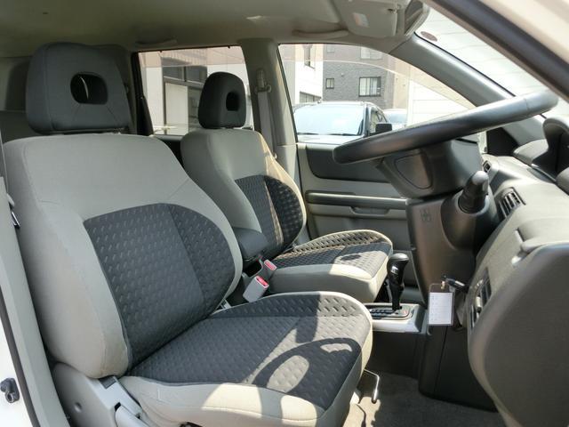 日産 エクストレイル S 4WD ラウンジリザードLTZマッドテレンタイヤ