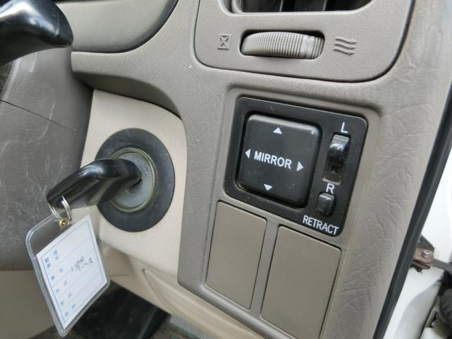 Q 4WD 3.0D-T 1ナンバー可能 運転席パワーシート(12枚目)