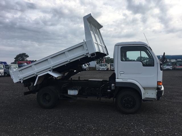 UDトラックス コンドル 3.7t積 ダンプ コボレーン付 荷台仕上げ済み