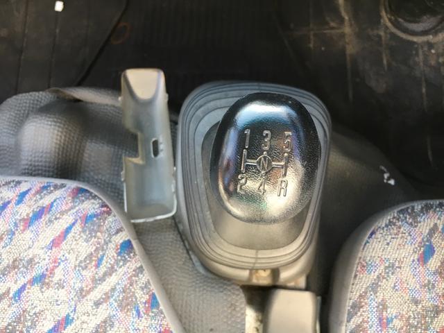 いすゞ エルフトラック 1.3t積 箱車 4WD