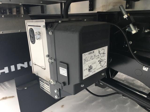 日野 ヒノレンジャー 2.3t積 冷凍冷蔵車 パネルバン ワイドロング ベット付