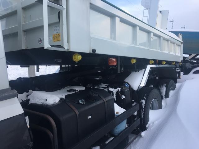 8800kg積 ダンプ 7MT フル装備(4枚目)