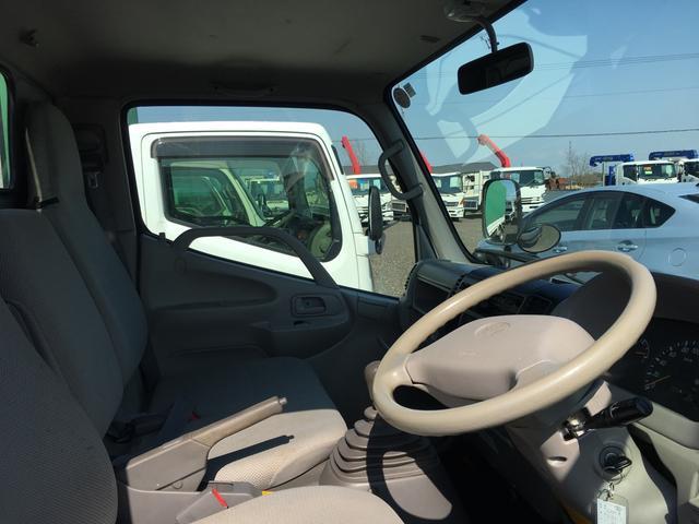 トヨタ トヨエース 4WD 平床ボディ 1250kg 運転席エアバッグ