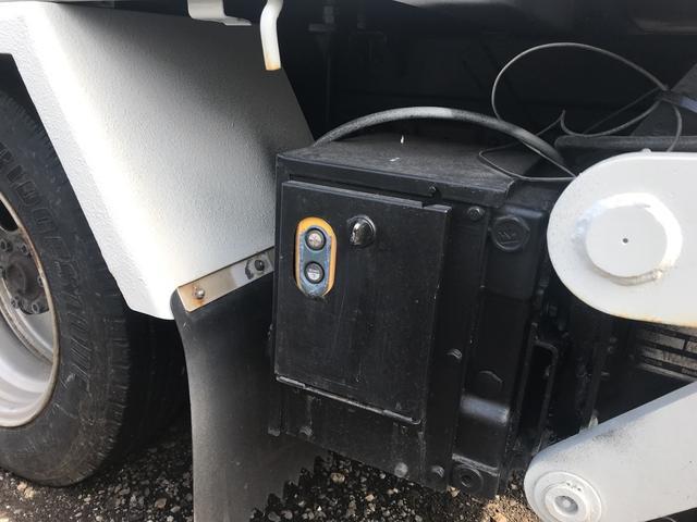 4WD 1.25t 平ボディ 5速MT フル装備 Pゲート(7枚目)