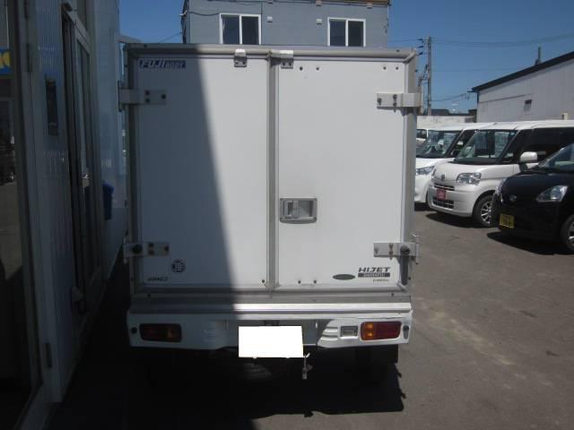 スペシャル保冷車 4WD(4枚目)
