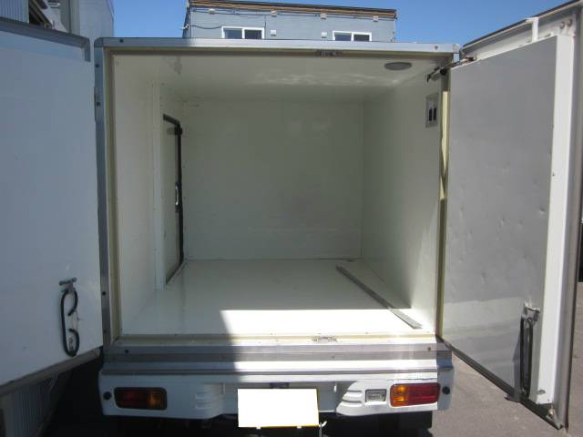 スペシャル保冷車 4WD(5枚目)