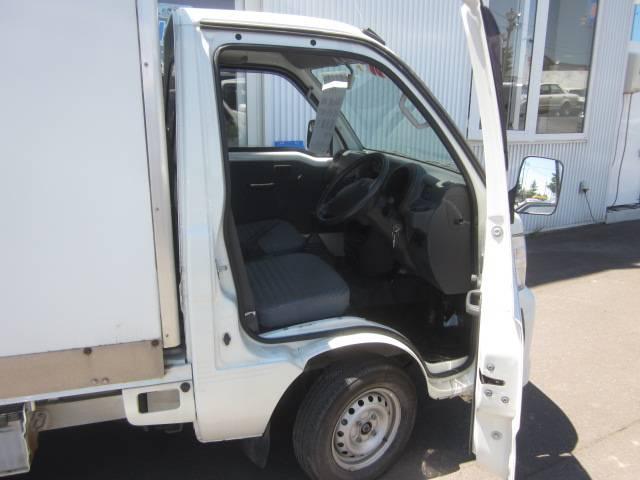 スペシャル保冷車 4WD(6枚目)