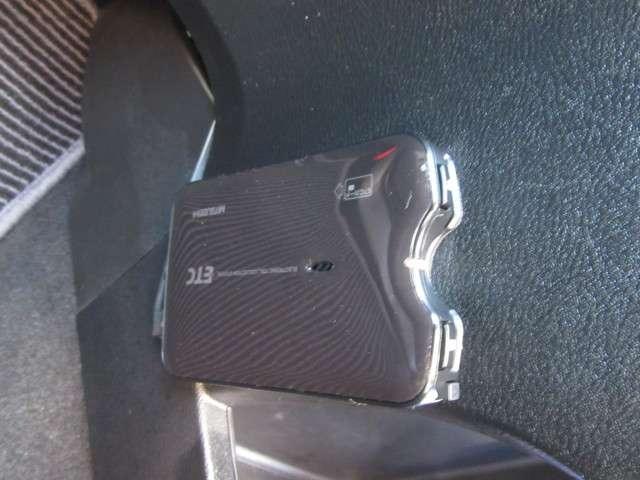 RSZ 4WD 社外ナビ キーレス ETC 17インチアルミ(3枚目)
