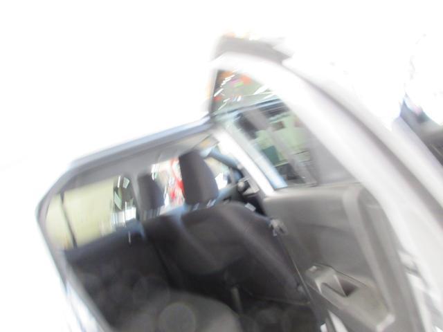 ハイブリッドMG 衝突軽減ブレーキ レーンキープ アイドリングストップ 寒冷地 横滑り防止装置 キーレス フロント、サイドエアバック プライバシーガラス シートヒーター ミラーヒーター(49枚目)