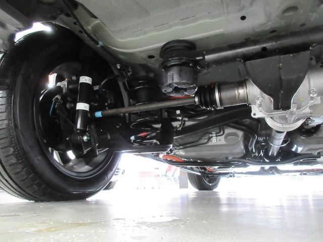 e:HEVリュクス 4WD ホンダセンシング ホンダコネクト フルLEDヘッドライト シートヒーター ステアリングヒーター アームレスト付センターコンソールボックス Qi規格ワイヤレス充電器 本革ブラウン内装(79枚目)