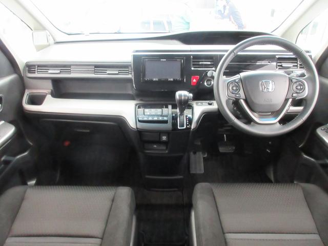 スパーダ ホンダセンシング 4WD 衝突軽減ブレーキ レーンキープ LEDヘットライト ETC 両側電動スライドドア(10枚目)