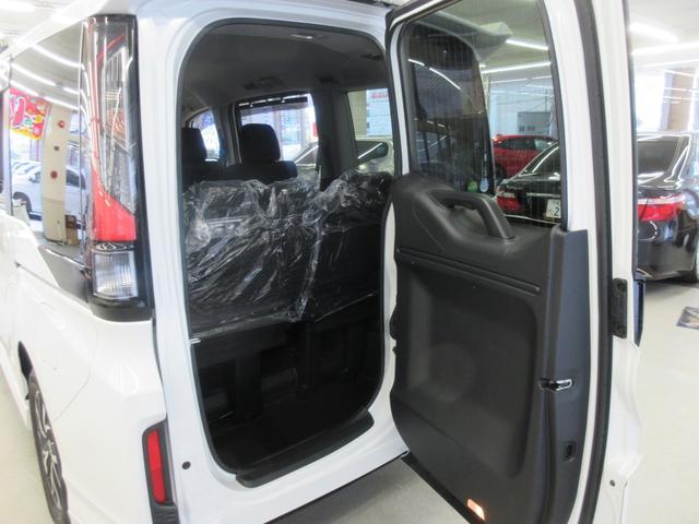 スパーダ ホンダセンシング 4WD 衝突軽減ブレーキ レーンキープ LEDヘットライト ETC 両側電動スライドドア(12枚目)