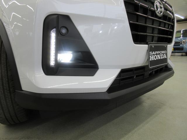 プレミアム 4WD 9インチナビ 寒冷地仕様 バックフォグ ドラレコ BSM プリクラッシュセーフティ シートヒーター(8枚目)