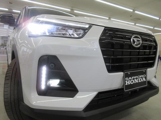 プレミアム 4WD 9インチナビ 寒冷地仕様 バックフォグ ドラレコ BSM プリクラッシュセーフティ シートヒーター(9枚目)