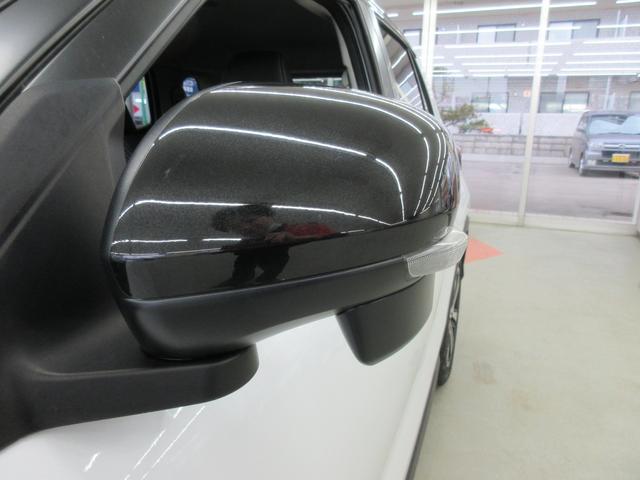 プレミアム 4WD 9インチナビ 寒冷地仕様 バックフォグ ドラレコ BSM プリクラッシュセーフティ シートヒーター(16枚目)