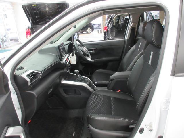 プレミアム 4WD 9インチナビ 寒冷地仕様 バックフォグ ドラレコ BSM プリクラッシュセーフティ シートヒーター(37枚目)