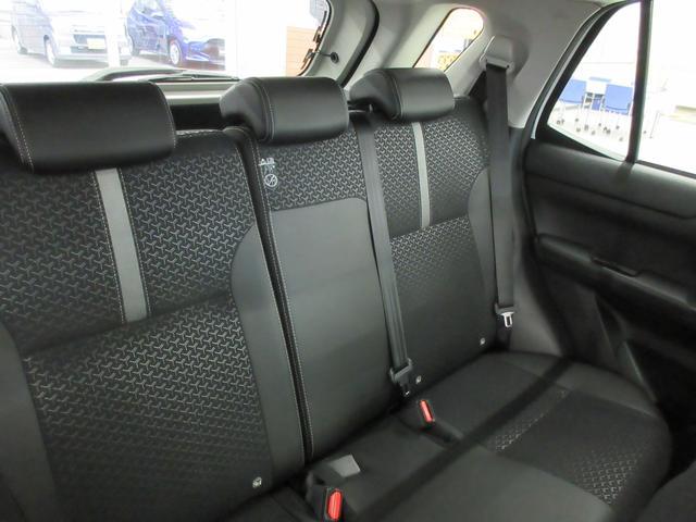 プレミアム 4WD 9インチナビ 寒冷地仕様 バックフォグ ドラレコ BSM プリクラッシュセーフティ シートヒーター(42枚目)