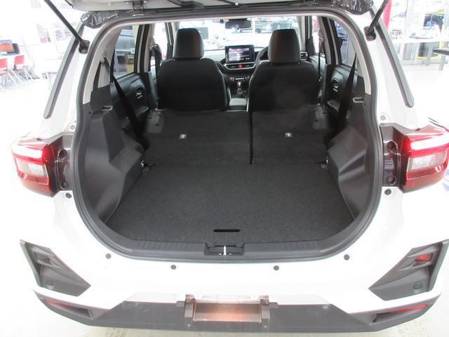 プレミアム 4WD 9インチナビ 寒冷地仕様 バックフォグ ドラレコ BSM プリクラッシュセーフティ シートヒーター(46枚目)