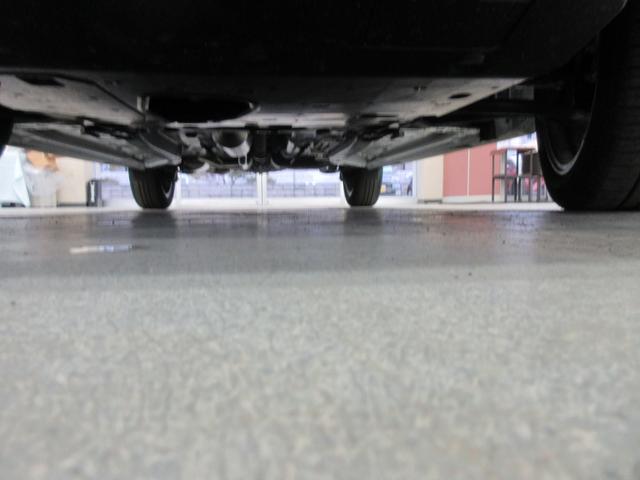 プレミアム 4WD 9インチナビ 寒冷地仕様 バックフォグ ドラレコ BSM プリクラッシュセーフティ シートヒーター(52枚目)