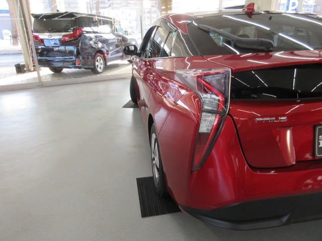 Sツーリングセレクション 4WD 横滑り防止 LEDライト スマートキー シートヒーター オートライト アイドリングストップ プライバシーガラス イモビライザー(6枚目)