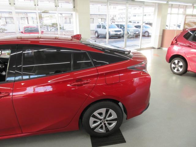 Sツーリングセレクション 4WD 横滑り防止 LEDライト スマートキー シートヒーター オートライト アイドリングストップ プライバシーガラス イモビライザー(8枚目)