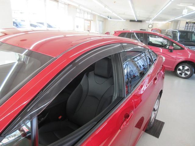 Sツーリングセレクション 4WD 横滑り防止 LEDライト スマートキー シートヒーター オートライト アイドリングストップ プライバシーガラス イモビライザー(18枚目)