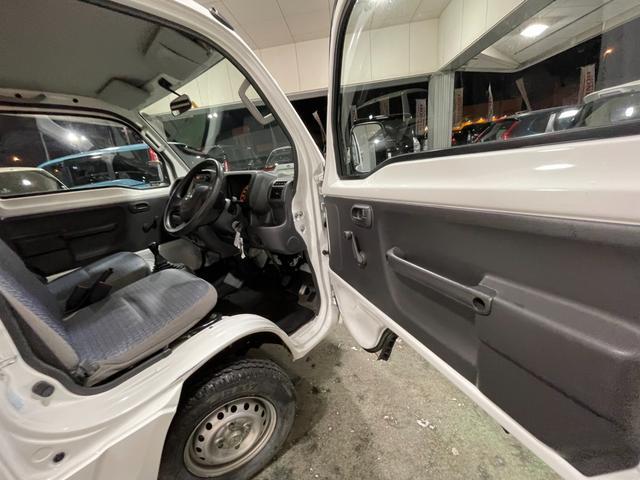 冷凍車 4WD マニュアル車 R型左側スライド扉(36枚目)