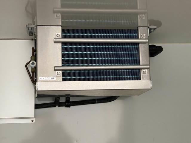 冷凍車 4WD マニュアル車 R型左側スライド扉(48枚目)