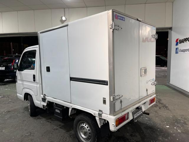 冷凍車 4WD マニュアル車 R型左側スライド扉(57枚目)