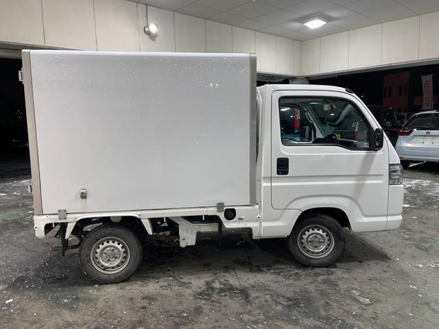 冷凍車 4WD マニュアル車 R型左側スライド扉(60枚目)