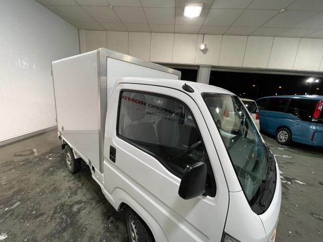 冷凍車 4WD マニュアル車 R型左側スライド扉(73枚目)