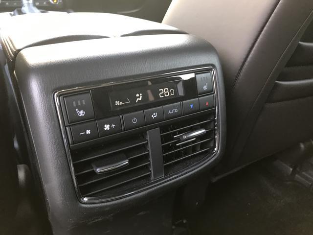 XD Lパッケージ 4WD 7人乗 Appleカープレイ対応(19枚目)