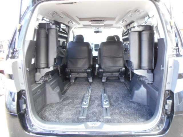 トヨタ ヴェルファイアハイブリッド ZR 4WD ツインムーンR 両側パワースライド