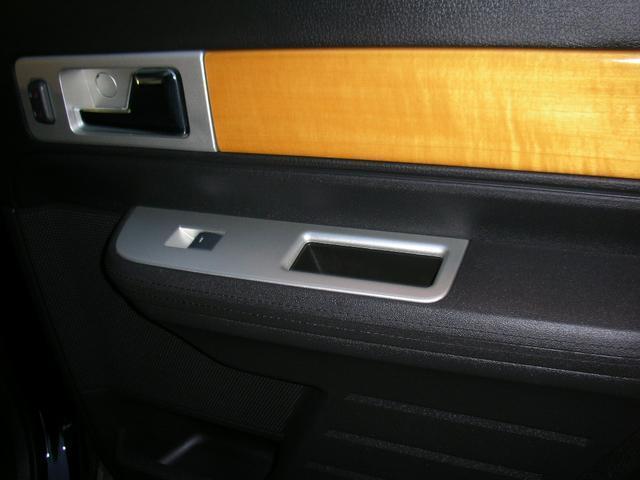 「リンカーン」「リンカーン MKX」「SUV・クロカン」「北海道」の中古車31