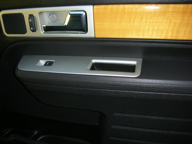 「リンカーン」「リンカーン MKX」「SUV・クロカン」「北海道」の中古車36