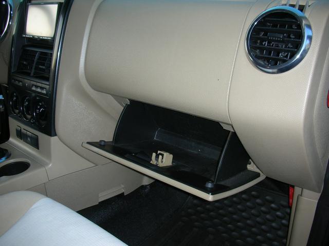 「フォード」「エクスプローラースポーツトラック」「SUV・クロカン」「北海道」の中古車42