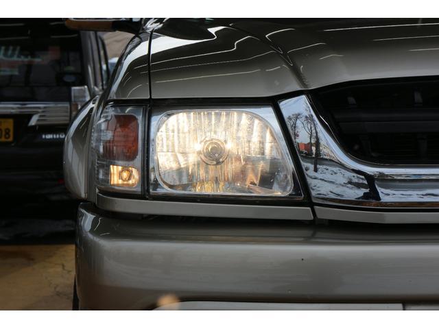 トヨタ ハイラックススポーツピック アップ エクストラキャブ 3.0 ディーゼル ワイドボディ