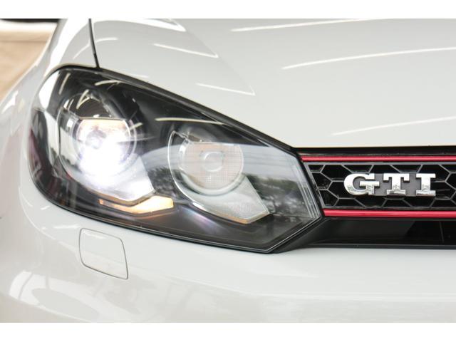 GTI ターボ 純正18インチアルミ メモリナビ 冬タイヤ付(3枚目)