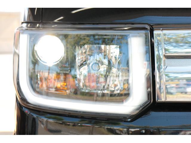 ヘッドライトは人気のLED☆明るく視認性が高い上に外からの見た目もカッコイイですね♪