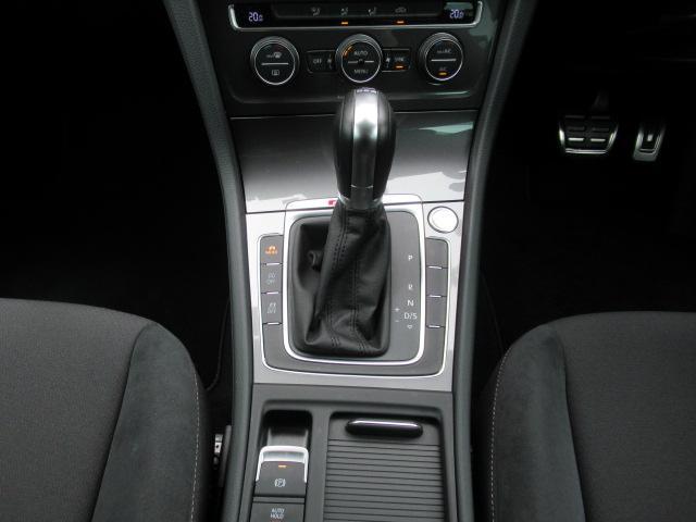 6AT(MTモード) 走行モードセレクトボタン(エコ、スポーツ、オフロード、標準) エンジンプッシュスタートストップ 電子パーキングブレーキ アイドリングアストップ