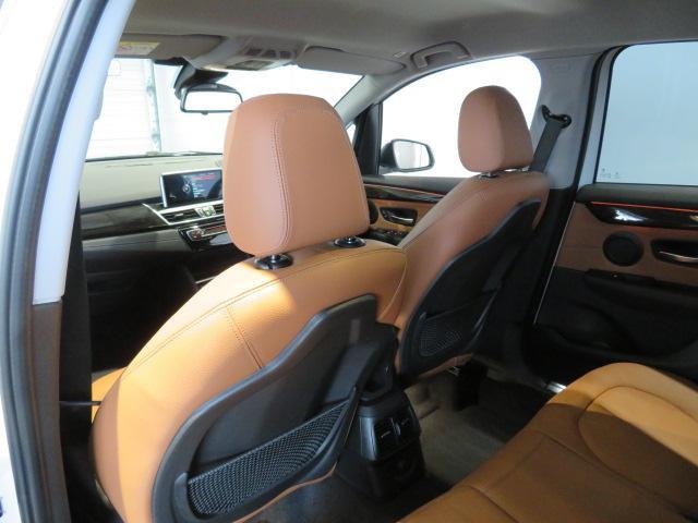 218d xDriveアクティブツアラーラグジュアリ 認定中古車 2年保証 ワンオーナー コンフォートパッケージ 電動リアゲート スライディングリヤシート アドバンスドアクティブセーフティパッケージ(16枚目)