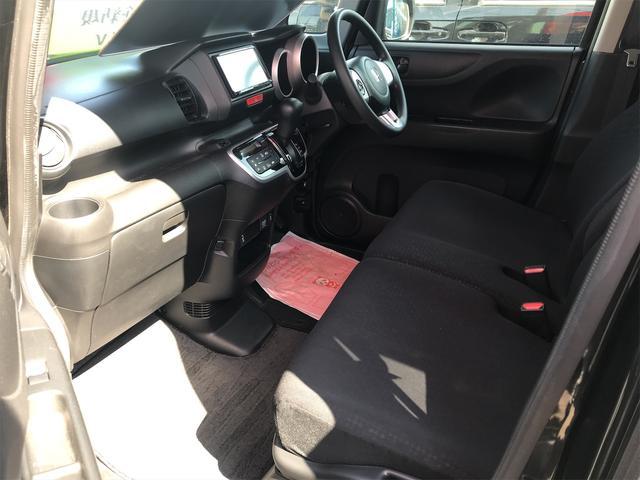 この度は、当店のお車をご覧いただき誠にありがとうございます。お車に関してのご質問はお気軽に当店までお電話ください。TEL:0066-9701-5039