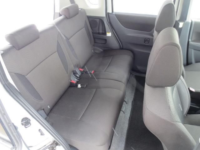 S 4WD ナビTV HID 両側パワースライド(10枚目)