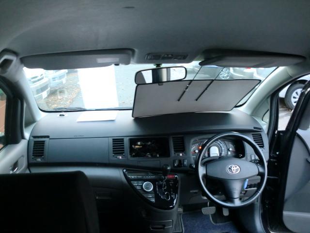 トヨタ アイシス プラタナ 4wd 本州使用車 1年保証