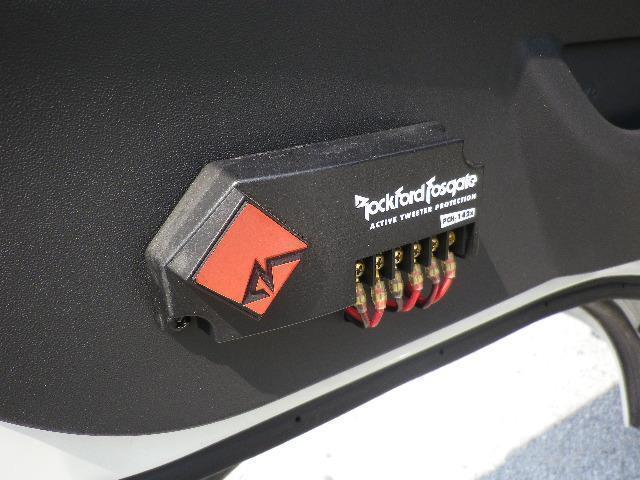 トヨタ ハイエースワゴン グランドキャビン 4WD 電動補助ステップ