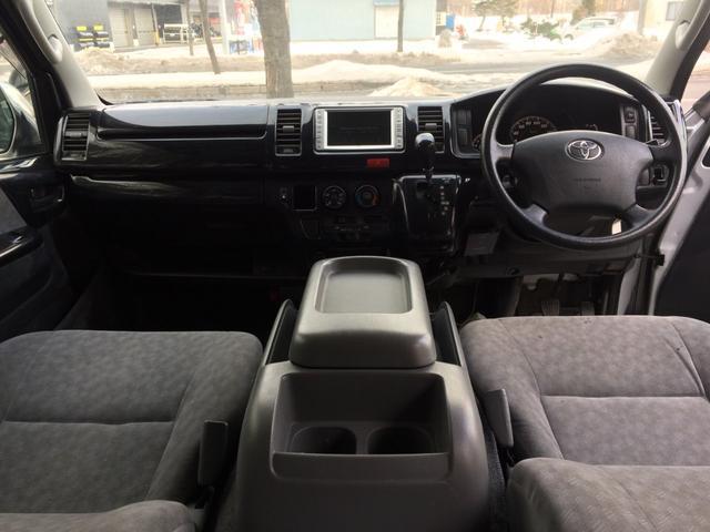 トヨタ ハイエースバン スーパーGL 4WD 2.5DT Rヒーター Rエアコン