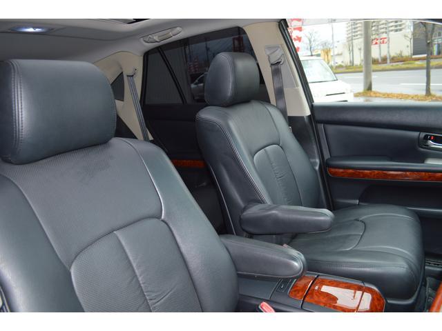トヨタ ハリアー 240G プレミアムLパッケージ サンルーフ 純正HDDナビ